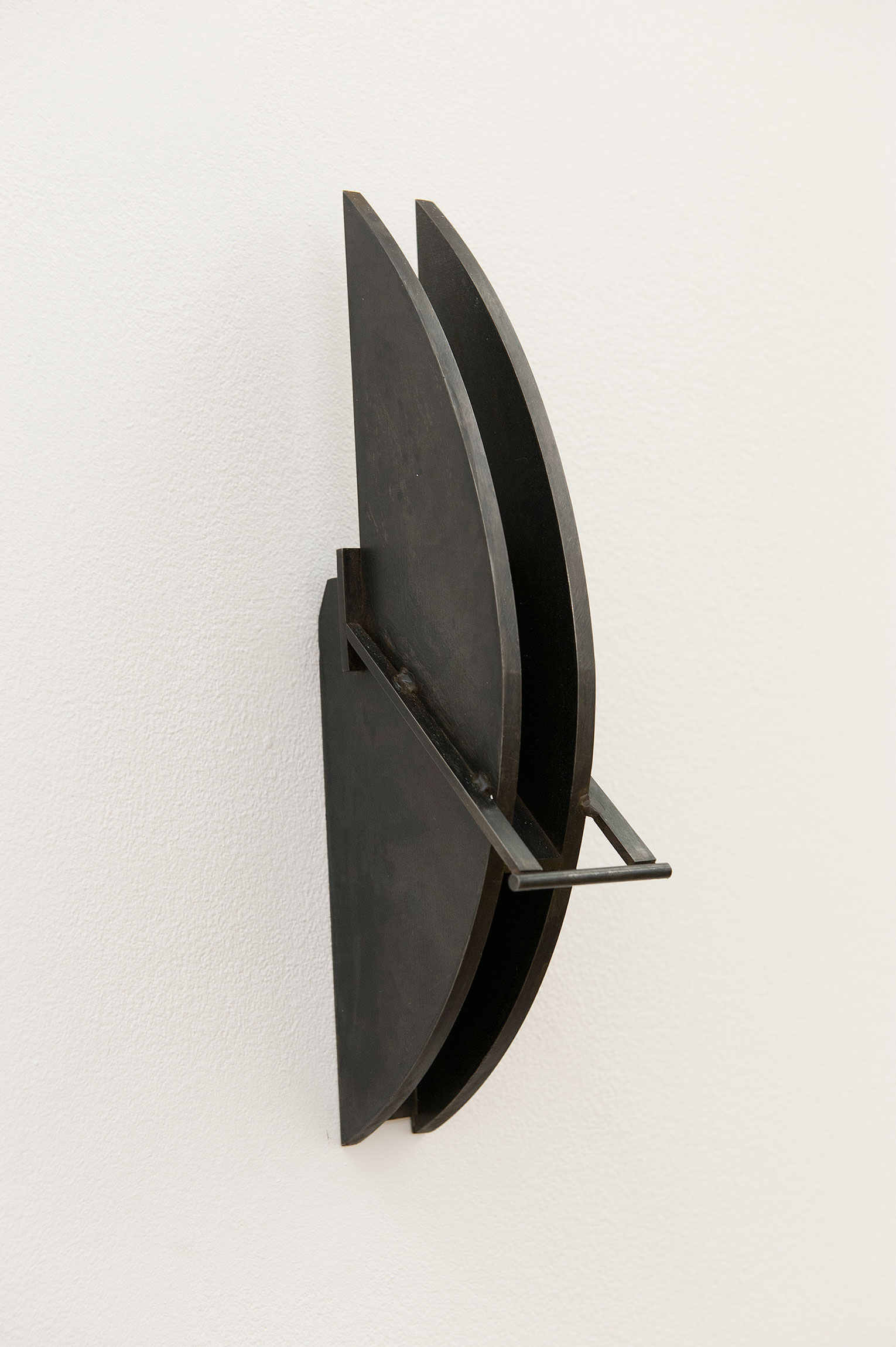 <b>Title:&nbsp;</b>Black Solid / White Noise<br /><b>Year:&nbsp;</b>2010<br /><b>Medium:&nbsp;</b>Mild steel<br /><b>Size:&nbsp;</b>26 x 10 x 5 cm