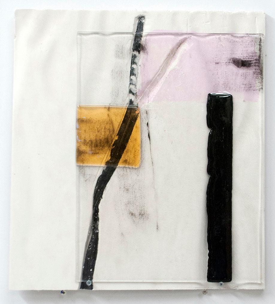 <b>Title:</b>Untitled<br /><b>Year:</b>2015<br /><b>Medium:</b>Fused glass, plaster, and paint<br /><b>Size:</b>35 x 35 x 3 cm