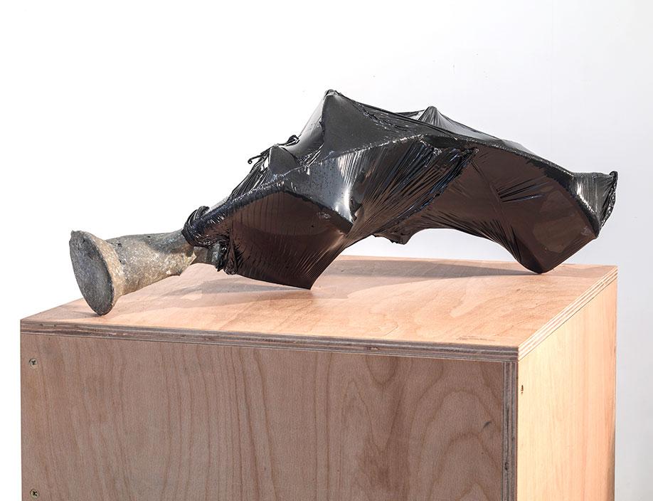 <b>Title:&nbsp;</b>The Fallen I<br /><b>Year:&nbsp;</b>2015<br /><b>Medium:&nbsp;</b>Aluminium and black wrap<br /><b>Size:&nbsp;</b>70 x 30 x 28 cm