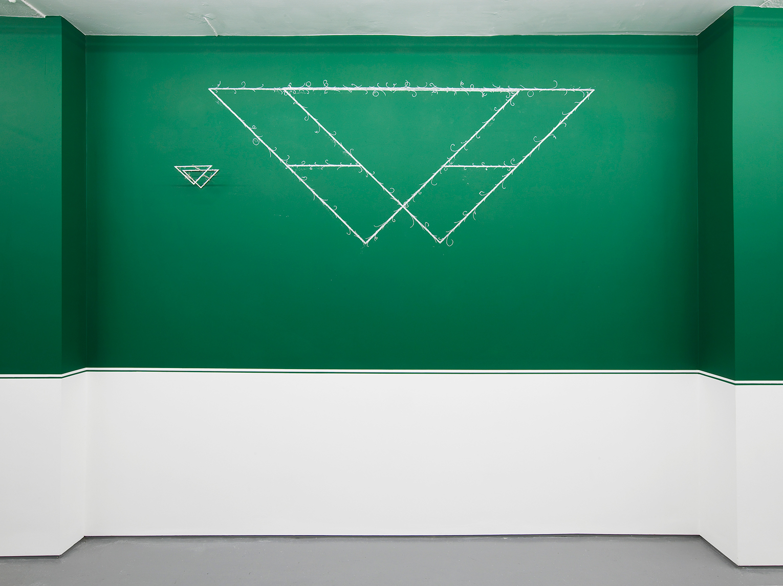 <b>Title:&nbsp;</b>Large Triangle<br /><b>Year:&nbsp;</b>2017<br /><b>Medium:&nbsp;</b>Chalk<br /><b>Size:&nbsp;</b>97cm x 237cm