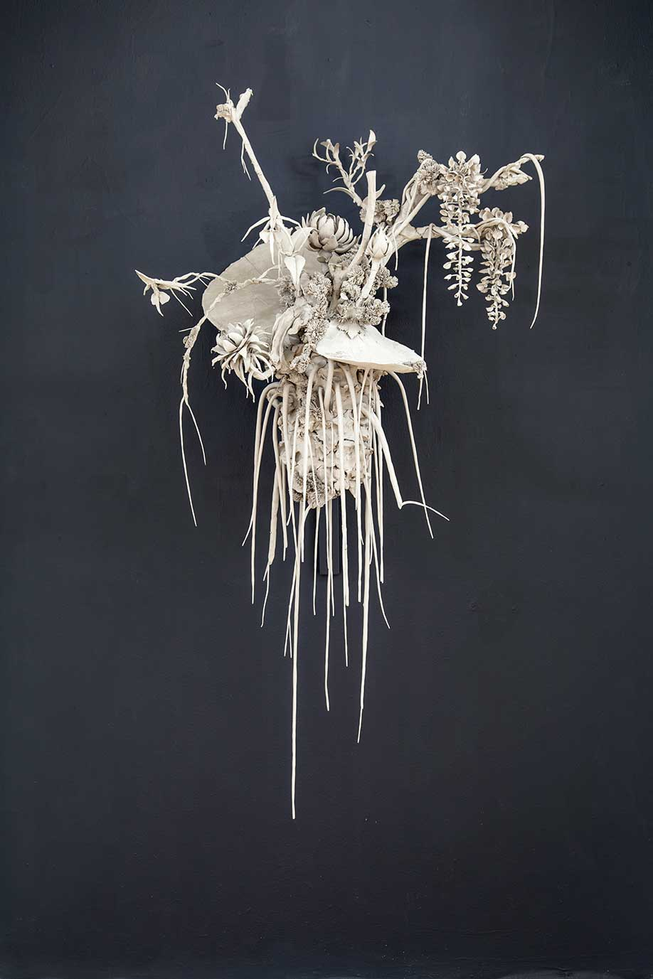<b>Title: </b>Nocturne <br /><b>Year: </b>2016<br /><b>Medium: </b>Clay, wire and steel <br /><b>Size: </b>60 x 70 x 30cm