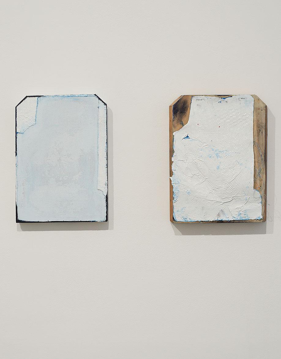<b>Title:</b>False Start (Other Half)<br /><b>Year:</b>2014<br /><b>Medium:</b>Oil and gloss on linen, wood, concrete wash, staples, nails<br /><b>Size:</b>40 x 28 x 4 cm, 40 x 28 x 6 cm