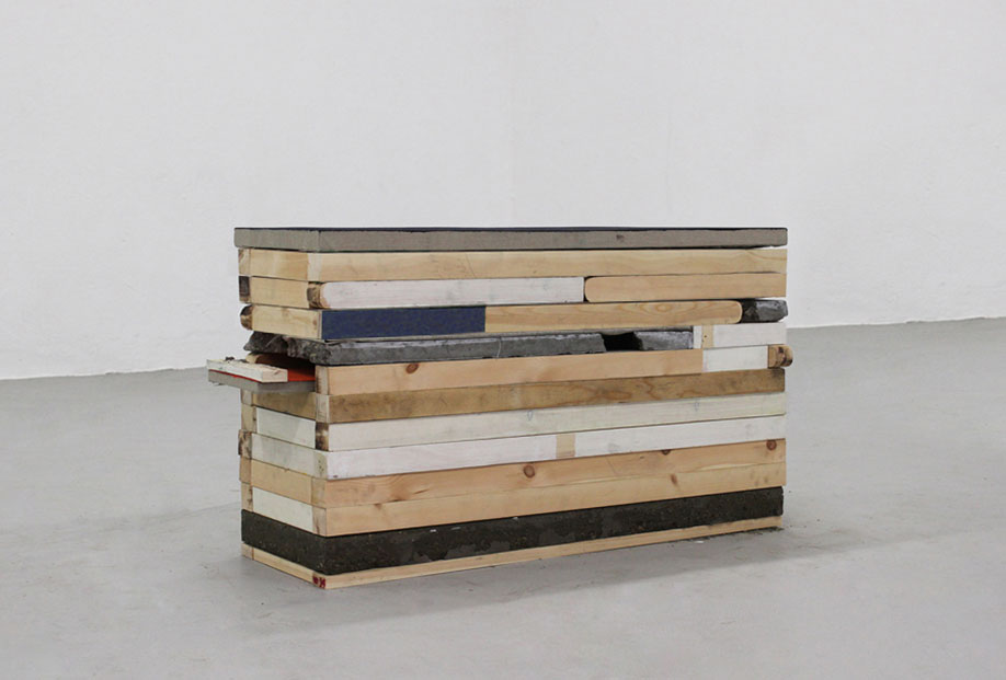 <b>Title:</b>Untitled (Lid Painting)<br /><b>Year:</b>2013<br /><b>Medium:</b>Acrylic and oil on linen, wood, concrete, caulk, emulsion, and staples<br /><b>Size:</b>130 x 65 x 40 cm