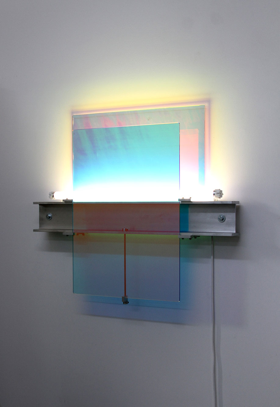 <b>Title: </b>DG07<br /><b>Year: </b>2016<br /><b>Medium: </b>Dichroic glass, aluminium universal beam, fluorescent light, fittings and power supply<br /><b>Size: </b>70 x 60 x 12 cm