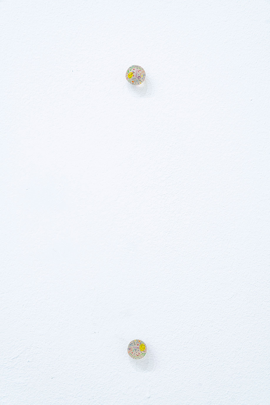 <b>Title: </b>No Title<br /><b>Year: </b>2017<br /><b>Medium: </b>Acrylic on resin 21 parts (dimensions variable) <br /><b>Size: </b>Each part 19 mm diameter