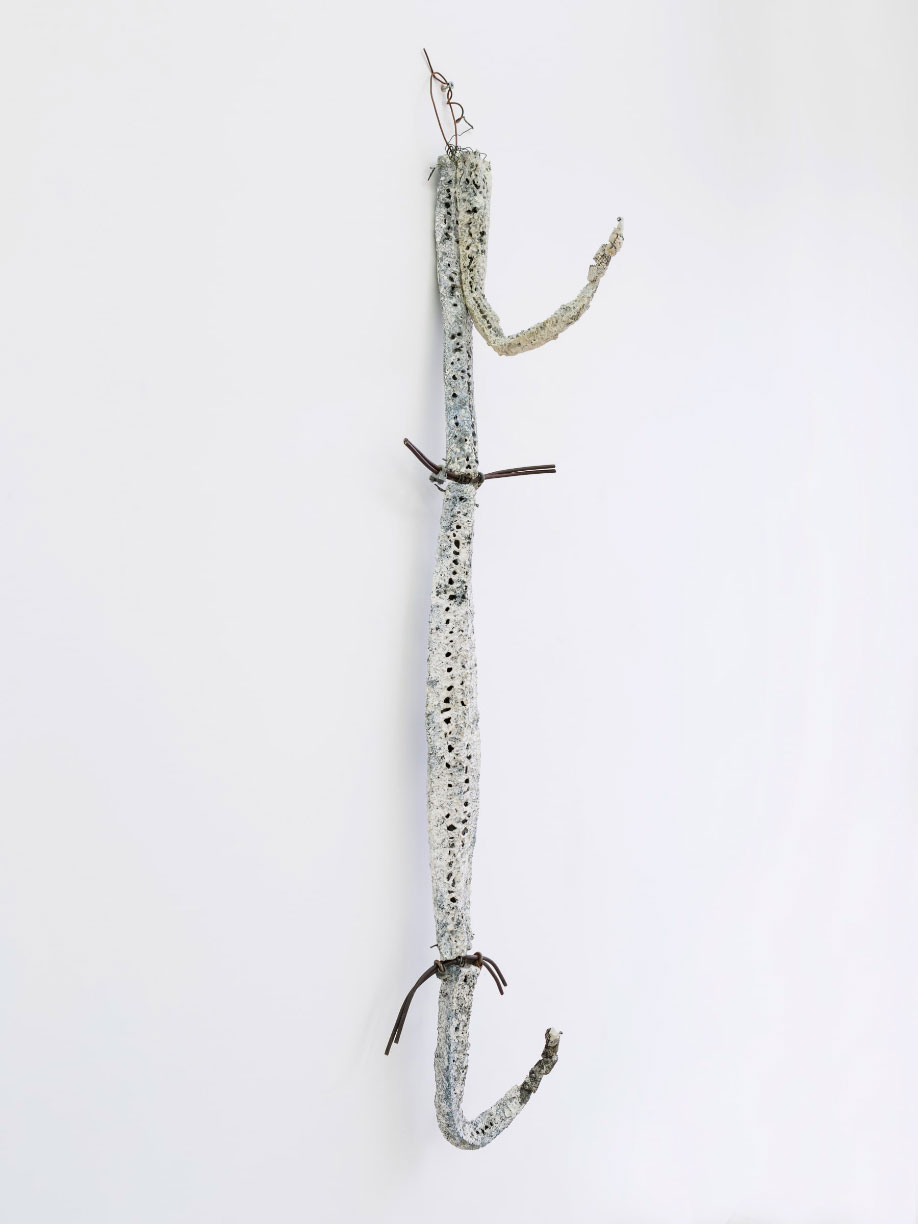 <b>Title:</b>Hook Figure<br /><b>Year:</b>1991<br /><b>Medium:</b>Slice loofahs, cones, salvaged electrical wires and metal clips<br /><b>Size:</b>141 cm