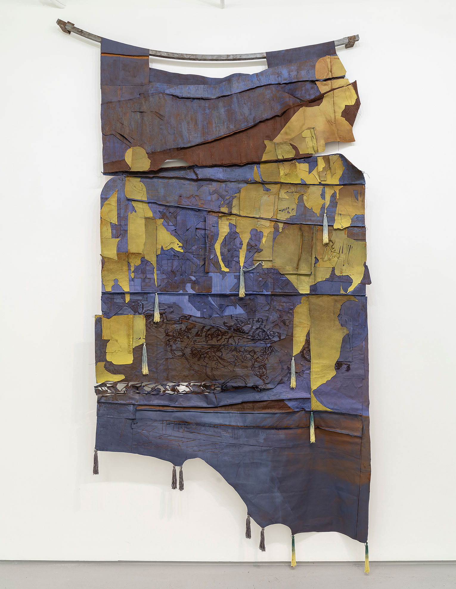 <b>Title:</b>Dust to Rust<br /><b>Year:</b>2020<br /><b>Medium:</b>Hand-dyed cotton, Copper<br /><b>Size:</b>250 x 145 cm